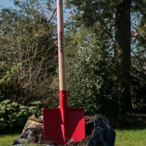 Sivri Uçlu Bahçe Küreği kırmızı 85Cm