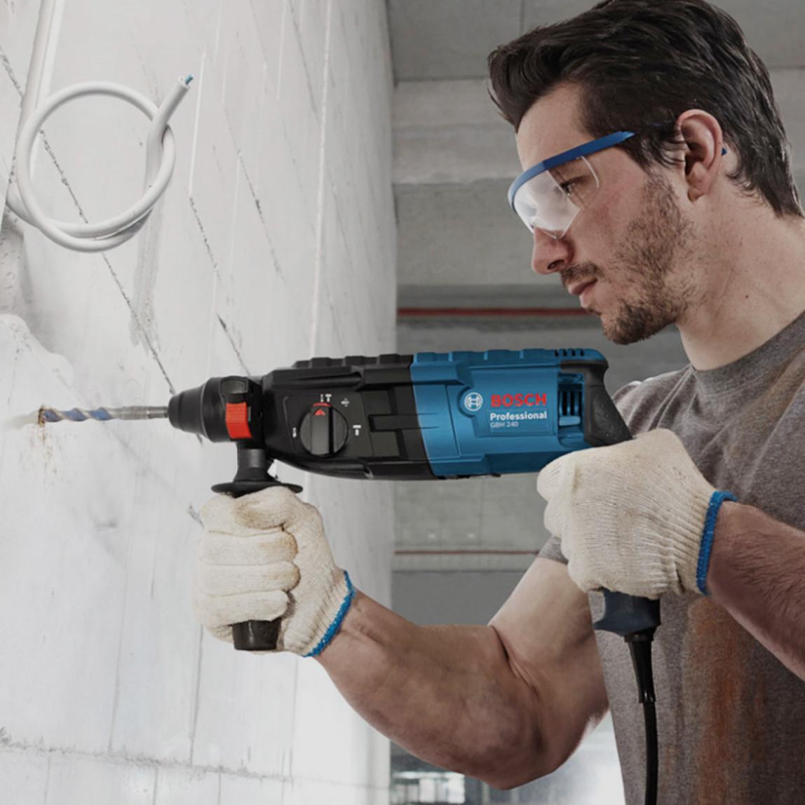 Bosch GBH 240 Profesyonel SDS Plus Kırıcı Delici
