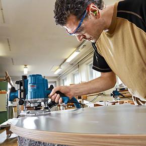 Bosch Profesyonel GOF 1250 CE Freze Makinesi