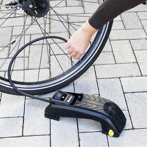 Michelin MC12208 Dijital Basınç Göstergeli Ayak Pompası