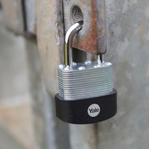Yale 55 mm Protector Lamine Asma Kilit -  Yarı Açık Blister
